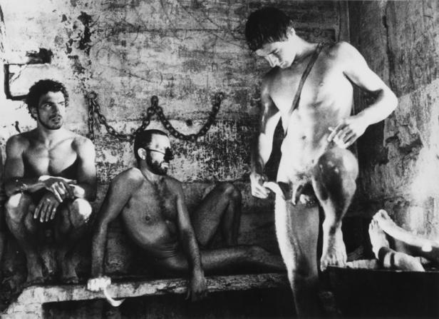 Fotograma do filme Sebastiane de Derek Jarman